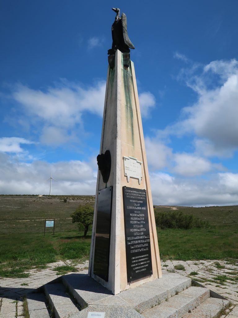 Monument Felix Rodriguez de la Fuente